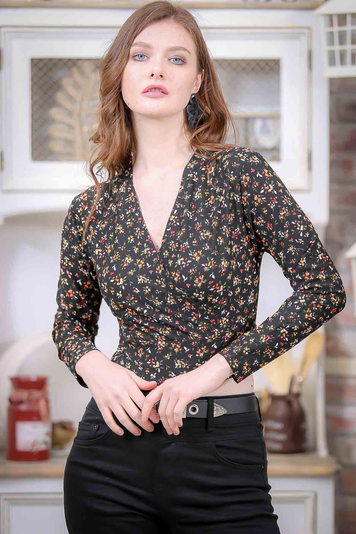 Double breasted floral print blouse