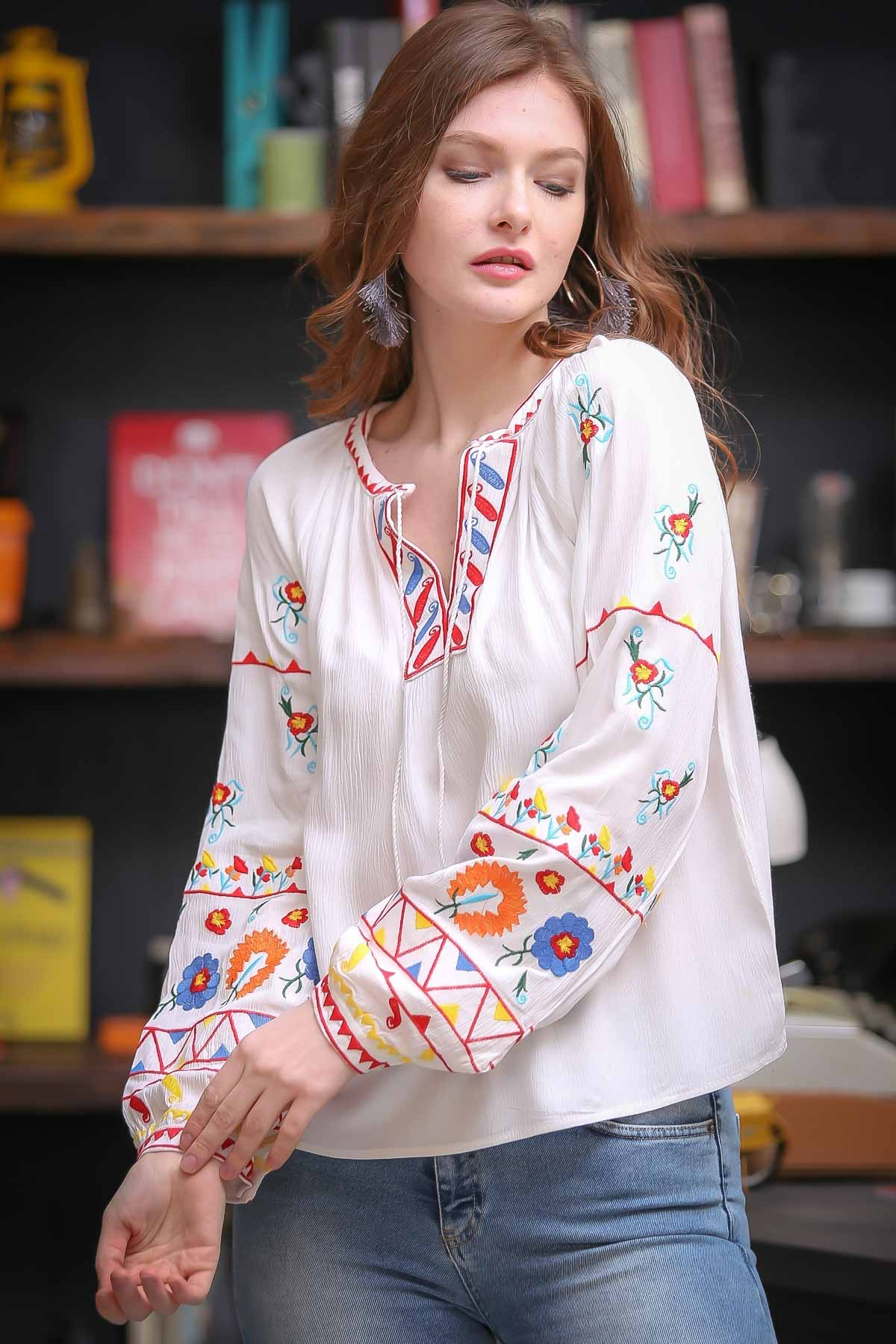 Bohemian woven blouses embroidered multi-colored carnations China