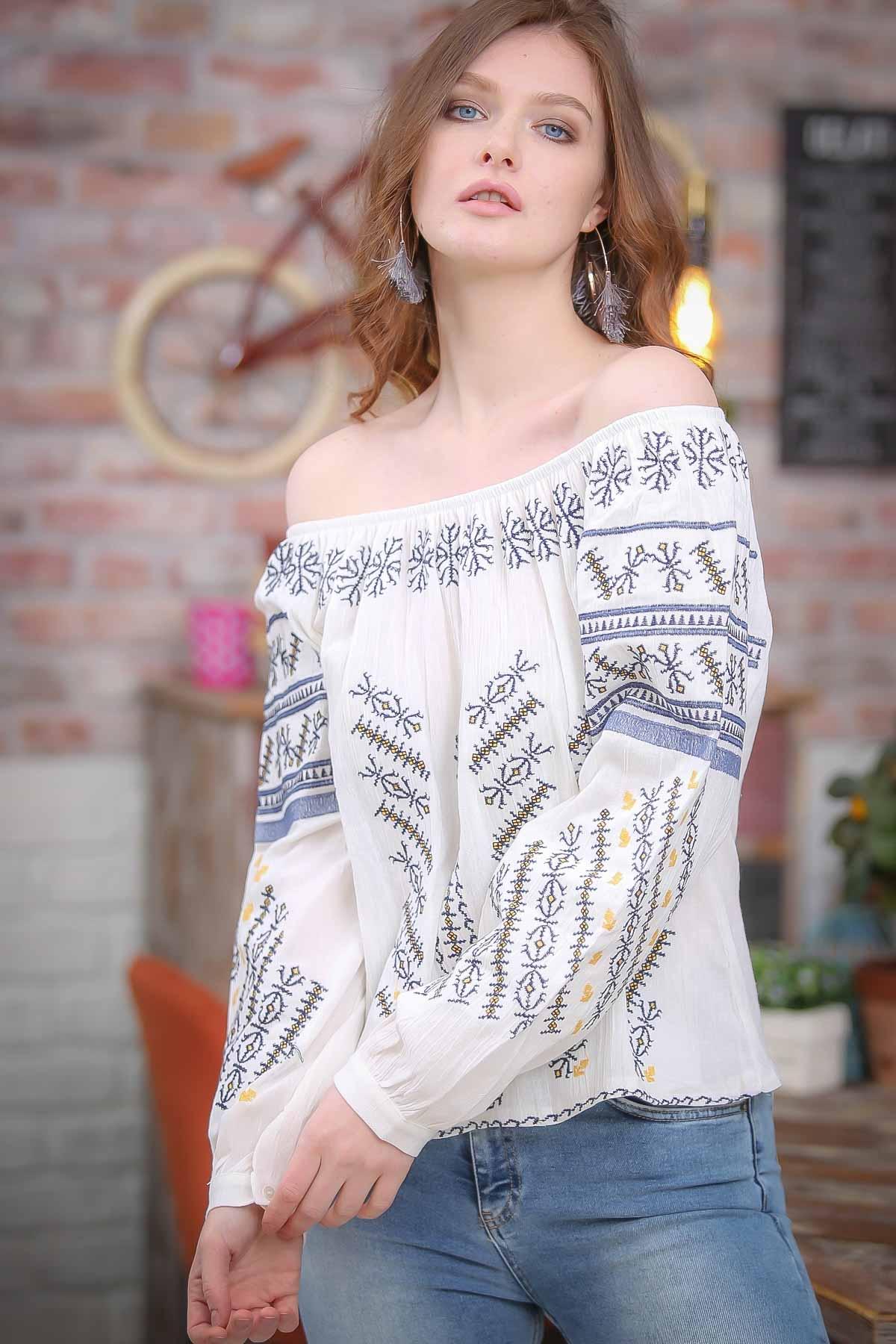 Thessaloniki cross-stitch embroidered collar bubble sleeve blouse Carmen