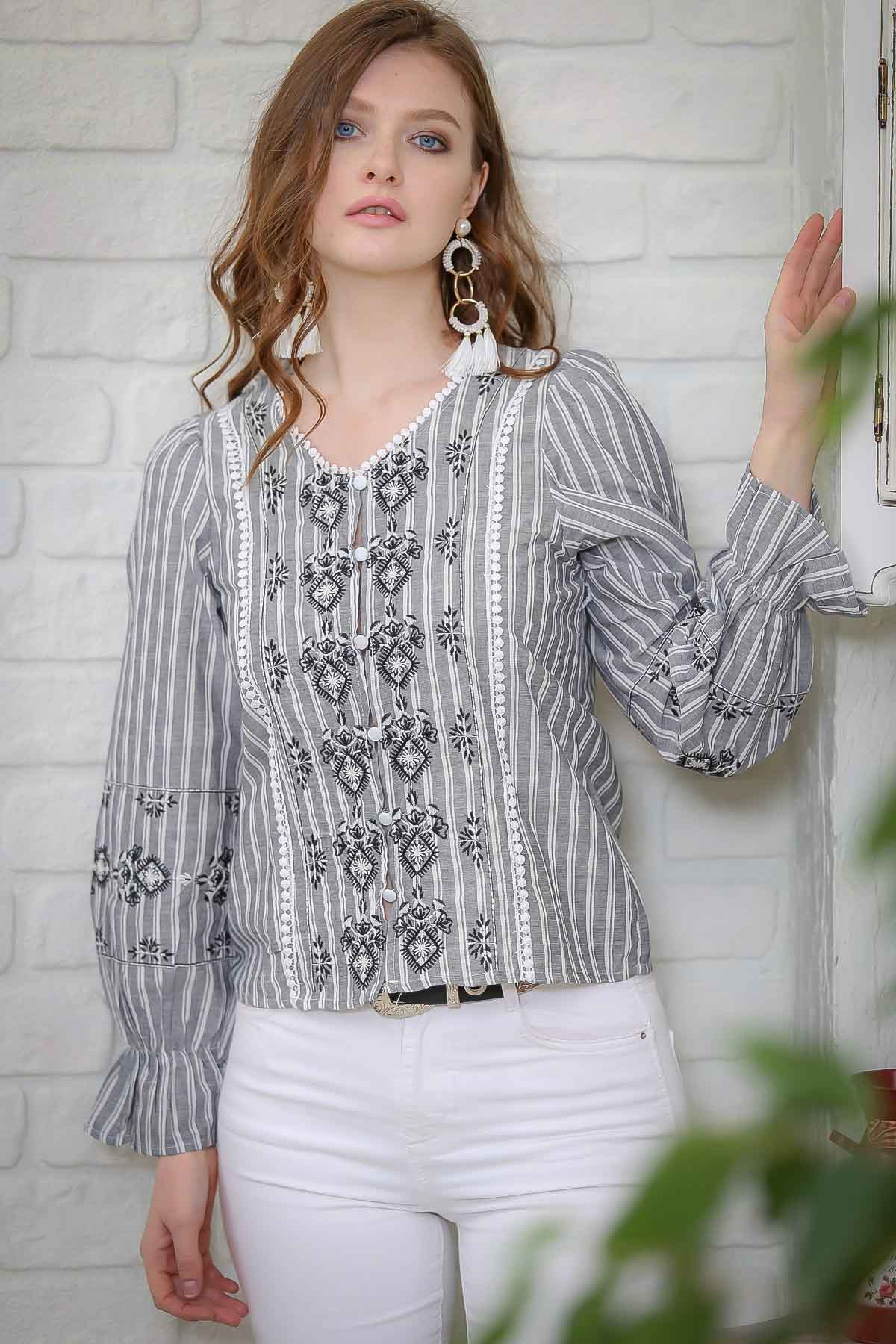 Retro striped button detail Tribal embroidered blouse