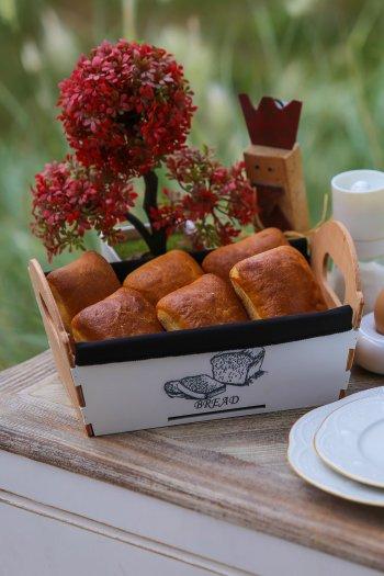 Retro Ahşap Beyaz Ekmek Sepeti