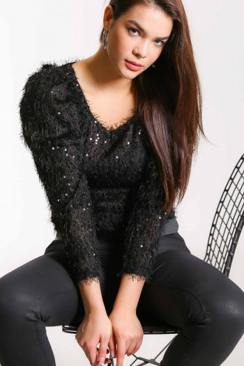 Sequined balloon sleeve blouse