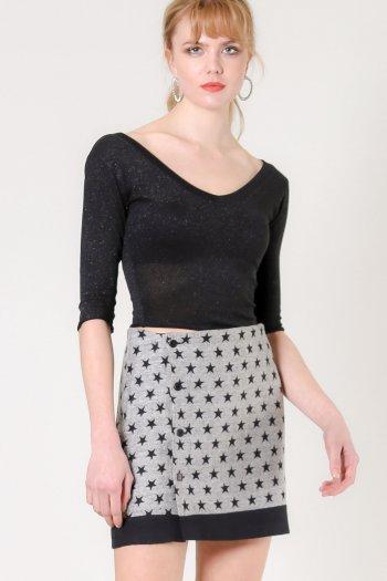 Star pattern button detail skirt