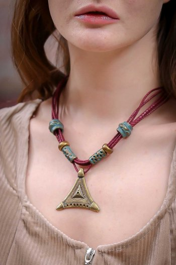 Retro maize triangle necklace