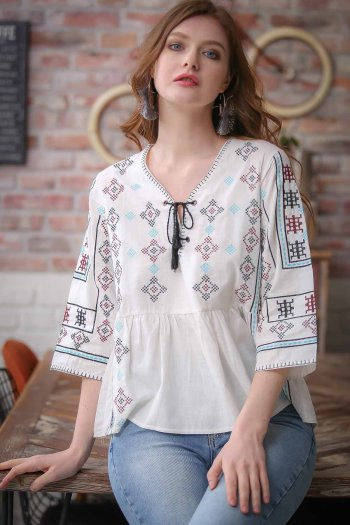 Retro geometric cross-stitch binding detailed embroidered blouse
