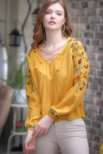 Retro shoulder and arm rose embroidery detail cross lacing detail blouse