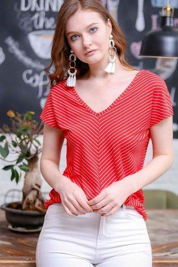 Retro V-neck striped shirt
