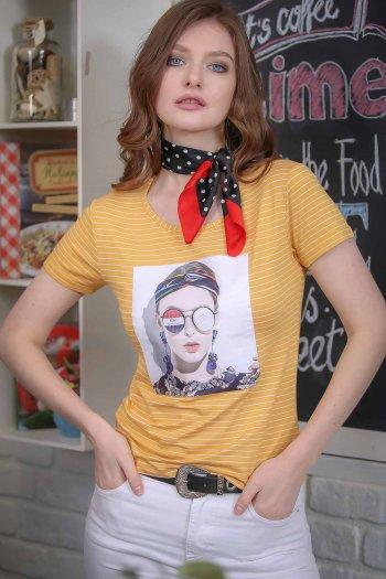 Vintage striped female transfer printed tshirt