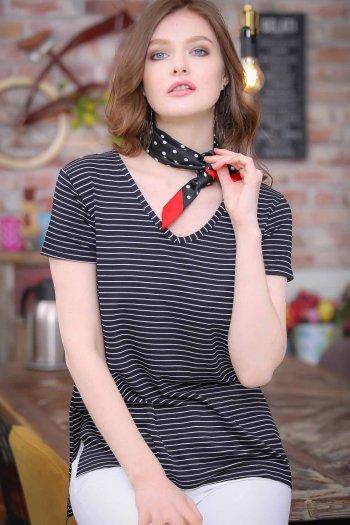 Vintage V-neck striped slits Tees