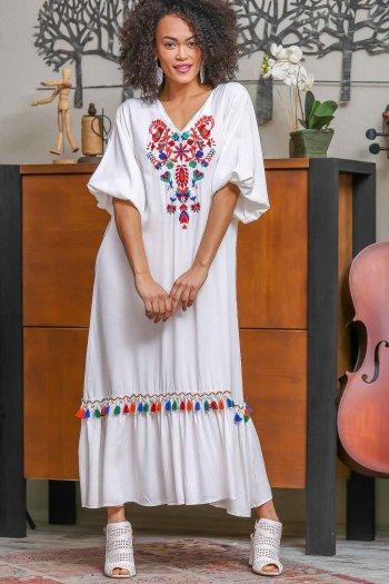 Bohem Çin karanfili nakışlı püskül detaylı balon kol elbise