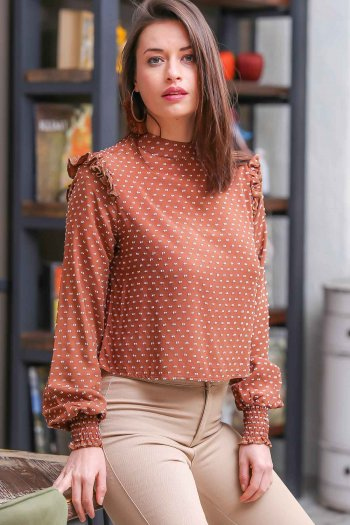 Retro shoulder frilly collar and sleeves self-patterned blouse detailed gimped