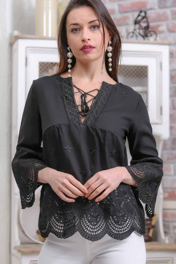Vintage side cross-linking zone detail eyelet fabric hem blouse