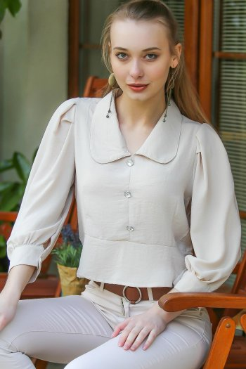 Giant crystal buttons, balloon sleeve blouse