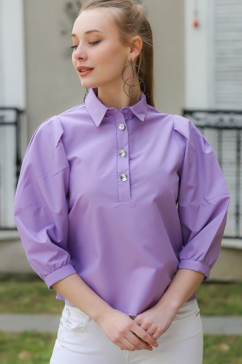 Vintage, shirt collar, buttoned blouse giant crystal