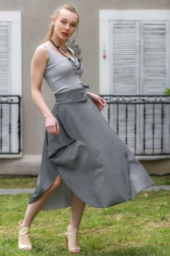 Crow's feet patterns, asymmetrical casual skirt