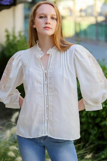 Vintage Ottoman embroidered detail button shoulder pleated details balloon sleeve blouse